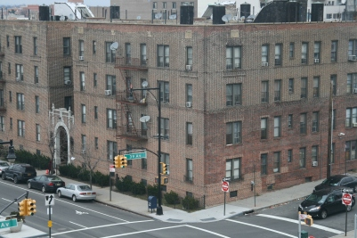 parc hotel flushing review new york